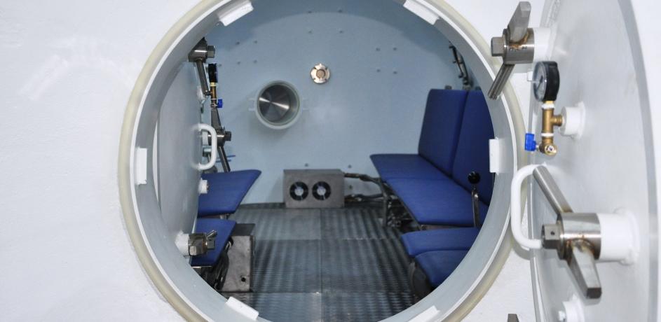 Wnętrze komory dla nurków - Baroks